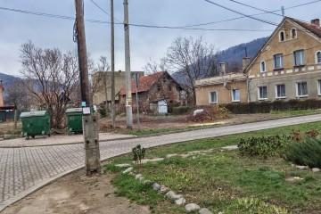 Budowa dróg, chodników i murów granitowych